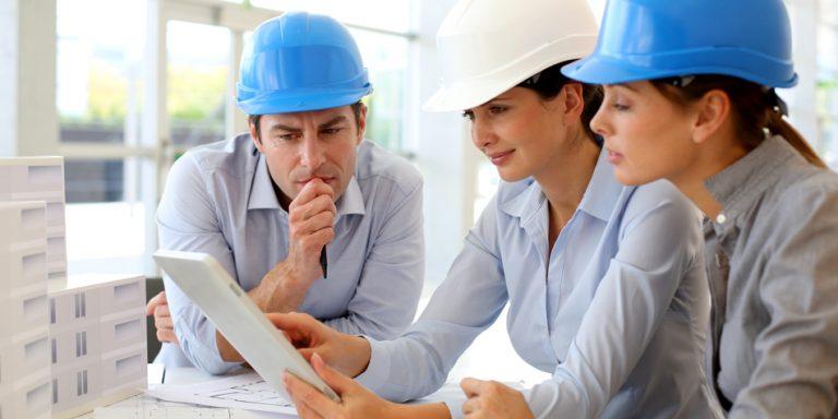 Seguridad y Salud en el Trabajo: Seguridad vial laboral, ¿conduces o trabajas?