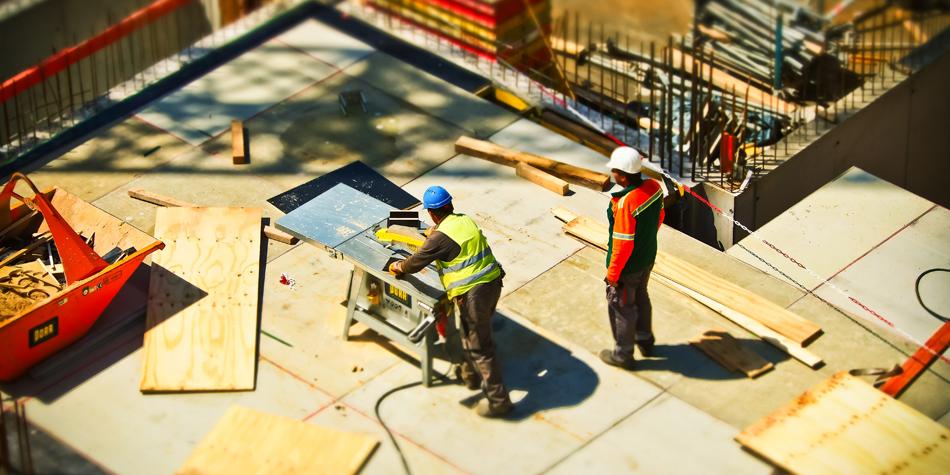 Seguridad y Salud en el Trabajo – Entrega de dotación deteriorada aumenta el riesgo de daño sobre el trabajador